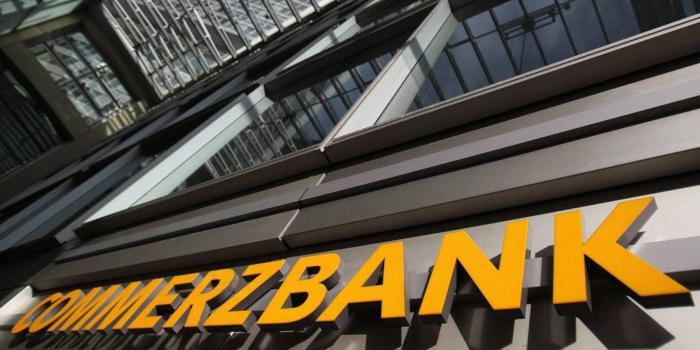 Commerzbank сомневается в устойчивости роста фунта