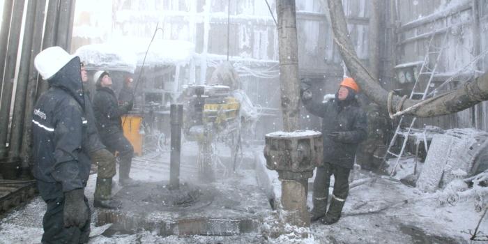 Россия добывает нефть ниже квоты ОПЕК в условиях ...