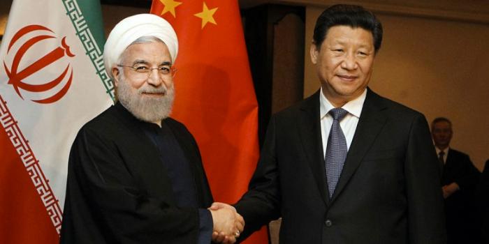 Китай инвестирует в Иран $400 млрд в обмен на нефть